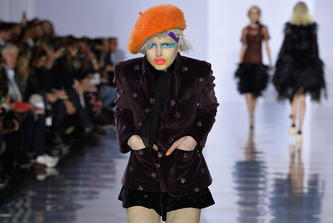 Maison Margiela : Runway - Paris Fashion Week Womenswear Fall/Winter 2015/2016