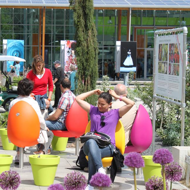 38728-147807-street-furniture-design-golden-image-2