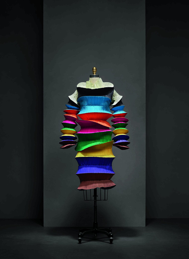 Manus x Machina - Fashion in Age of Technology at The Met