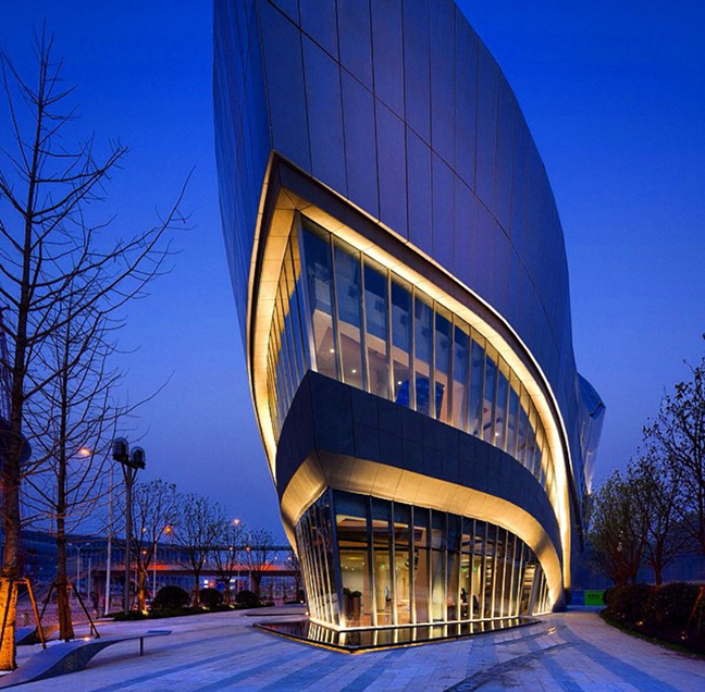 Gallery at Hongqiao World Centre by Aedas