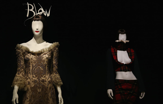 Isabella Blow: A Fashionable Life