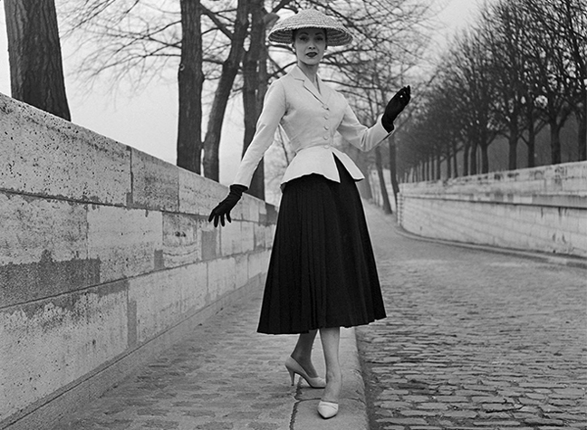 Women in Dior - Sublime Elegance of a Portrait