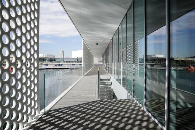 Port Vell Marina's perforated white screens by SCOB Architecture and Landscape