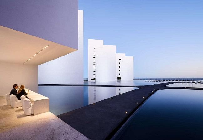 The Brilliance of Louis Kahn's Salk Institute