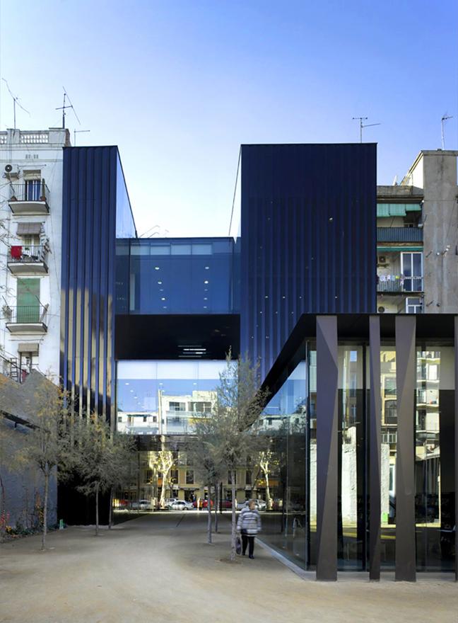 Rafael Aranda, Carme Pigemand Ramon Vilalta Receive the 2017 Pritzker Architecture Prize
