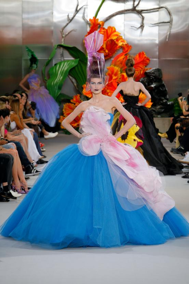 The House of Dior: Seventy Years of Haute Couture_004
