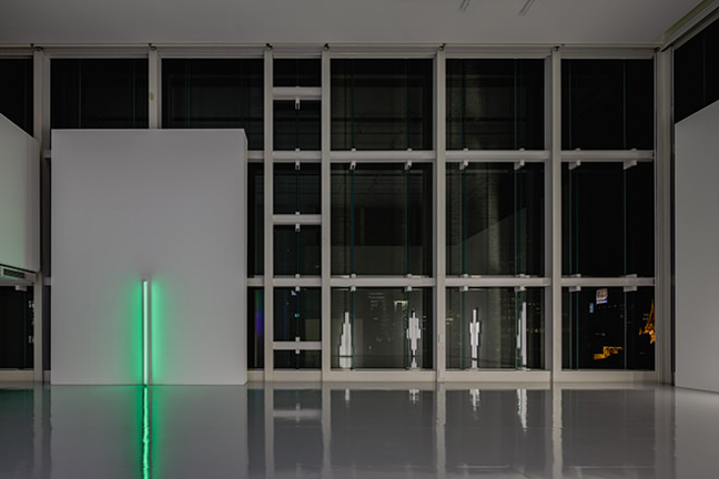 Dan Flavin. From the collection of Fondation Louis Vuitton_004