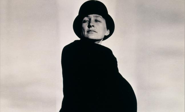Georgia O'Keeffe: Living Modern_001