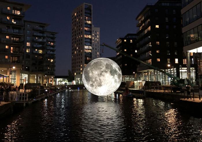 Luke Jeram- The Moon_photo_by_heartscontent-in-leeds