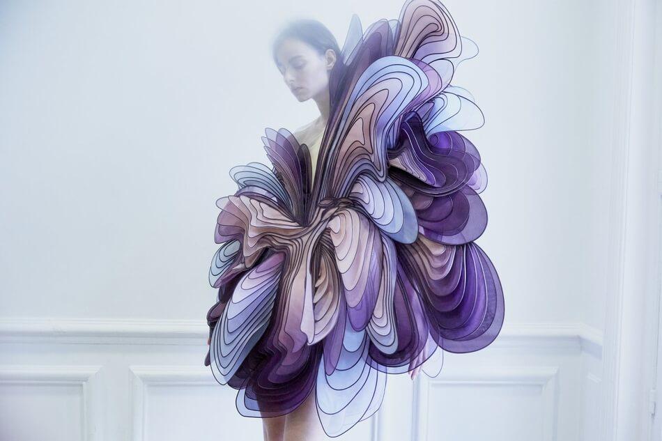 Iris Van Herpen 05