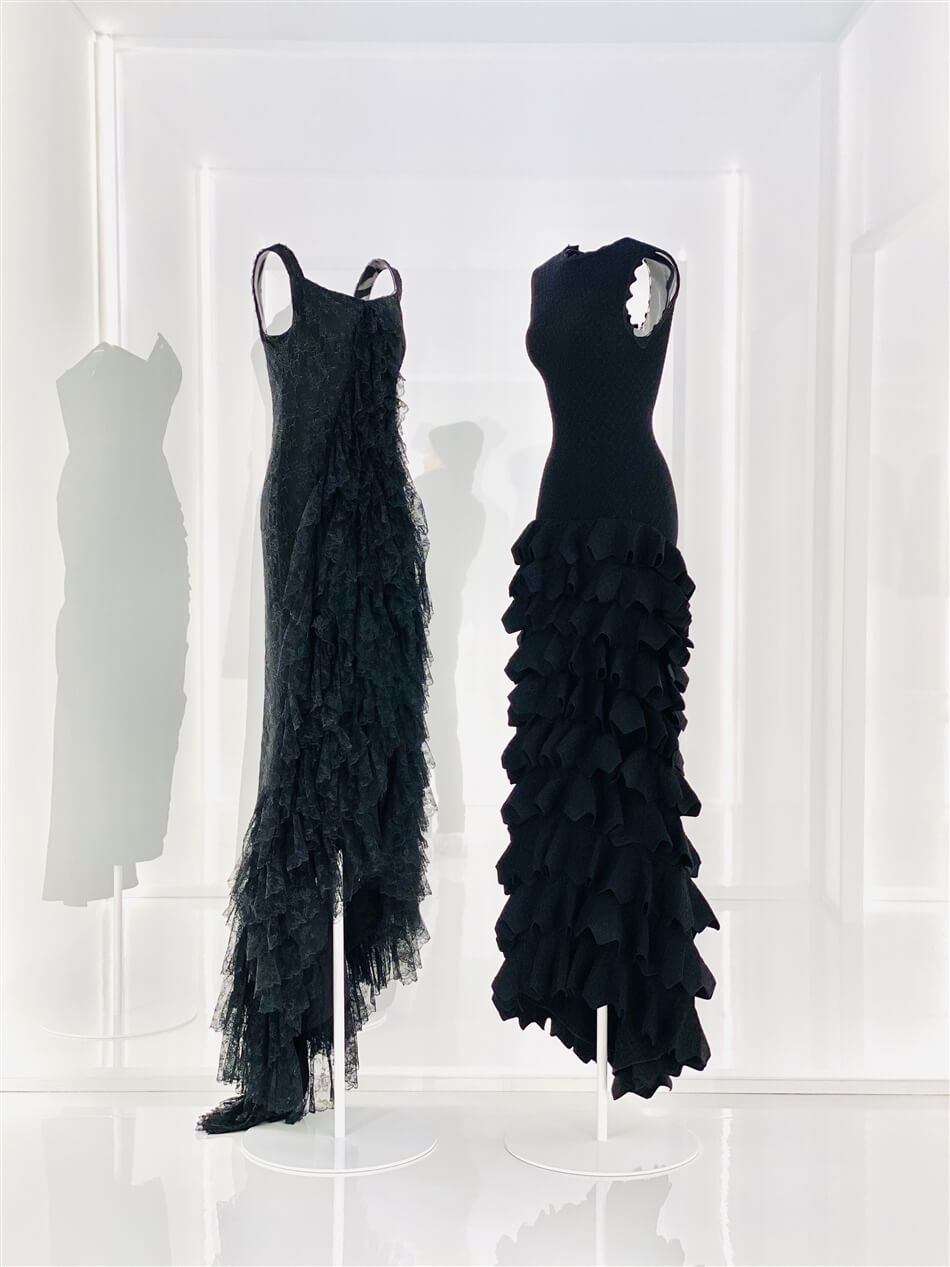 Alaia-Balenciaga: Scultpors of shape