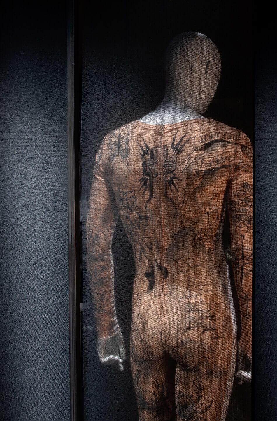 Masculinities Fashionlacemuseum Brussel 006