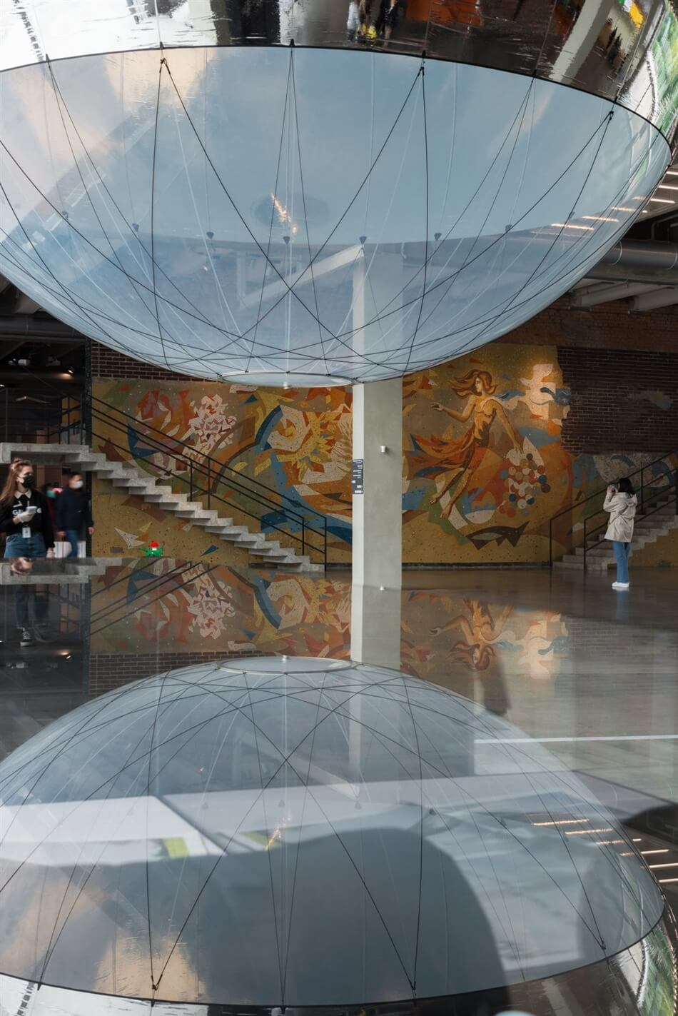 Tomás Saraceno. Moving Atmospheres Garage at Museum of Contemporary Art, Moscow