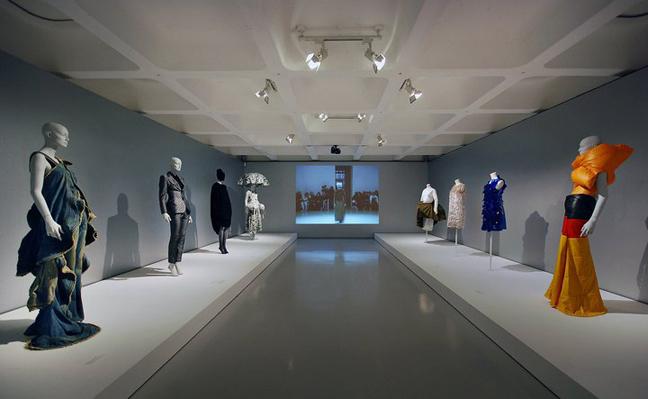 Future Beauty – Barbican Art Gallery